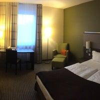 Снимок сделан в Mercure Airport Hotel пользователем Ksushanya 6/15/2016