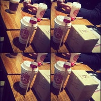 Photo taken at Caffé bene by Eunice Nayoung O. on 11/27/2012
