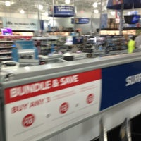 Photo taken at Best Buy by David W. on 8/27/2013