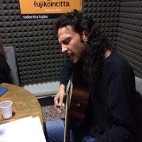 Foto scattata a Radio Città Fujiko 103.100 da Marco B. il 3/23/2014