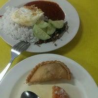 Photo taken at Restoran Nur by Laila I. on 10/22/2015