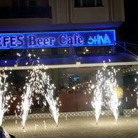Foto tomada en Efes Beer Cafe Shiva por Ekrem G. el 6/7/2013