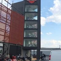 Uke's Harley Davidson - Bike Shop