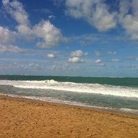 Снимок сделан в Ocean Park Beach пользователем Viviana R. 12/23/2012