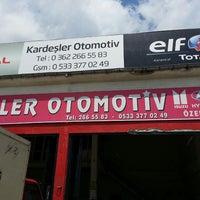 Photo taken at kardesler oto by Gökhan B. on 6/17/2013