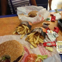 Photo taken at Burger King by Biridiana D. on 9/13/2013