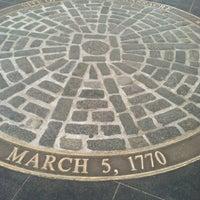 Foto tirada no(a) Boston Massacre Monument por Irene M. em 1/8/2013