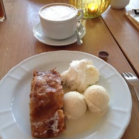 Foto scattata a Café Meerwiesen da helmut h. il 3/16/2014
