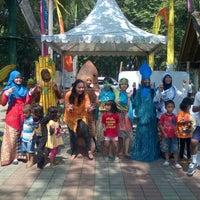 Das Foto wurde bei Pasar Seni Ancol von Maya M. am 6/9/2013 aufgenommen