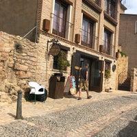 Foto scattata a Restaurante Cueva Reina da Jannie il 8/25/2018