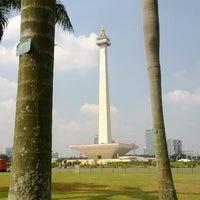 Photo taken at Lapangan Silang Monas by januar a. on 7/27/2013