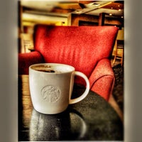 Photo taken at Starbucks by gtunggul on 9/22/2012