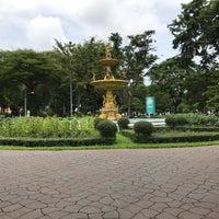 Das Foto wurde bei Saranrom Park von Jin H. am 8/31/2018 aufgenommen