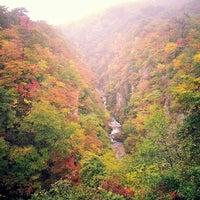 Photo taken at Narukokyo by Neung P. on 10/22/2013