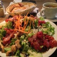 Das Foto wurde bei Urban Kitchen von Mateo C. am 6/5/2013 aufgenommen