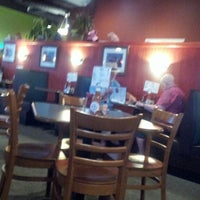 Photo taken at Papa's Bar -B -Que & Seafood by Andrés W. on 8/14/2013