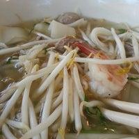 Photo taken at Heng Lay Restaurant by Bun C. on 6/15/2013