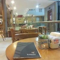 Foto tirada no(a) Kampalla Café por Erasmo Soares A. em 12/8/2012