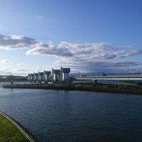 Photo taken at 淀川大堰管理橋 by Junichi U. on 6/13/2018