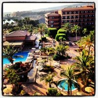 Photo taken at Chill Out Bar Hotel H10 Costa Adeje Palace by Cristina C. on 6/30/2013