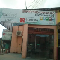 Photo taken at Bradesco Emprestimo Consiguinado by Daiana A. on 6/12/2013