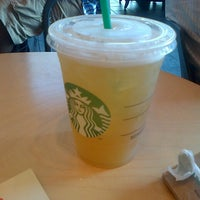 Photo taken at Starbucks by Vivian L. on 7/19/2013