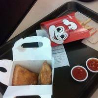 Photo taken at Jollibee by Marie Emilee G. on 6/24/2013