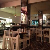 Foto tomada en La 73 por Ruby S. el 11/21/2012