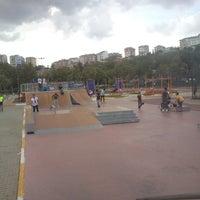 Das Foto wurde bei Alibeyköy Skatepark von Bora G. am 9/8/2013 aufgenommen