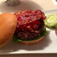 Das Foto wurde bei Jones - K's Original American Diner von Norman am 5/12/2014 aufgenommen