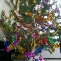 Снимок сделан в Библиотека ЧНУ им. П. Могилы пользователем Yulia B. 12/23/2013
