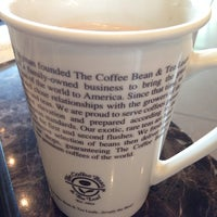 Photo taken at The Coffee Bean by Waleed A. on 10/31/2014
