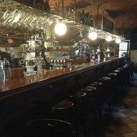Снимок сделан в James Cook Pub & Cafe пользователем Julia P. 6/20/2013