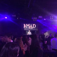 รูปภาพถ่ายที่ Mad Club โดย Aziz Y. เมื่อ 2/10/2018