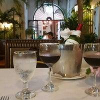 Foto diambil di Donde Olano Restaurante oleh Elizabeth C. pada 2/13/2016