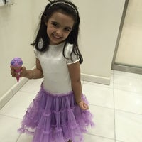 Photo taken at باسكن روبنز baskin Robbins by Ameerah💜🎼👑 A. on 10/16/2014
