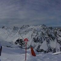 Das Foto wurde bei Switzerland/Austria Ischgl von Anna K. am 1/9/2014 aufgenommen