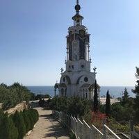 Photo taken at Церковь-маяк Святого Николая Мирликийского by Александр К. on 10/11/2018