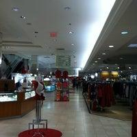 Foto tirada no(a) Macy's por AElias A. em 12/6/2012