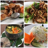 Photo taken at Nearykhmer Restaurant by Fong W. on 12/5/2017
