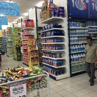 Photo taken at TF VALUE MART-BENTONG 2 by Andrew D. on 12/11/2016