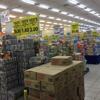 Photo taken at TF VALUE MART-BENTONG 2 by Andrew D. on 5/11/2017