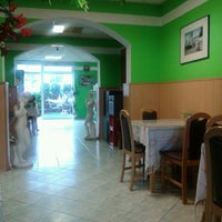 Photo taken at aladins  Grillhaus by Oscar B. on 7/29/2013