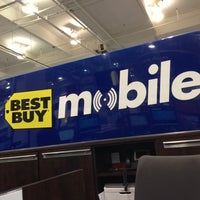 Photo taken at Best Buy by Juan T. on 12/1/2012