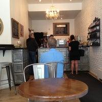 Foto tomada en Prodigy Coffee por Brittany V. el 6/8/2013