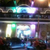 Foto tirada no(a) Shopping Center Capivari por Luciana A. em 6/22/2013