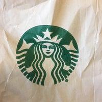 Photo taken at Starbucks by Jonny L. on 11/20/2016