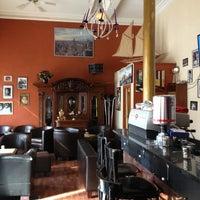 Das Foto wurde bei Café Bar Pudel Lounge von Bernd L. am 6/17/2013 aufgenommen