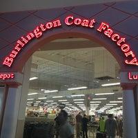 Photo taken at Burlington Coat Factory by Саня М. on 12/17/2013