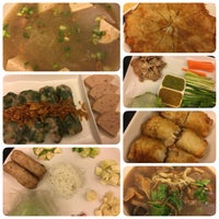 Photo taken at Eat Viet by Art on 7/19/2017